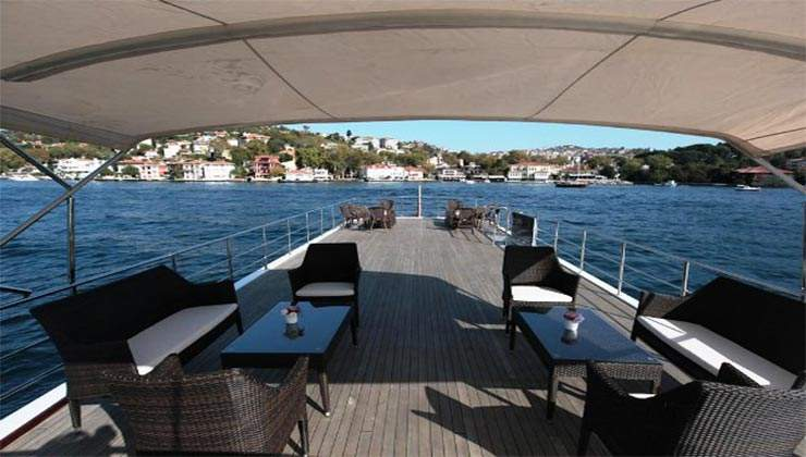 luxury boat 2 (3)