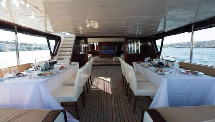 luxury boat 2 (4)