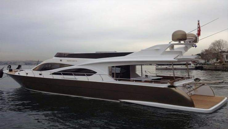 Luxury Boat 3