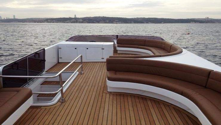 luxury boat 3 (4)