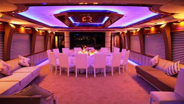 mega boat (3)